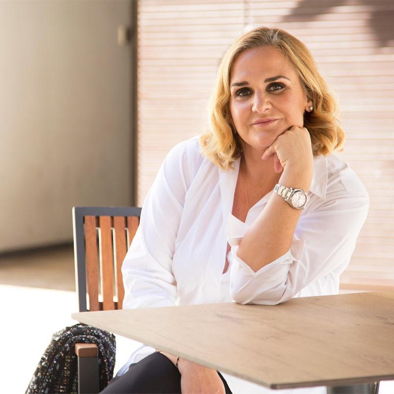 María Palop en terraza